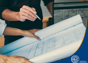 ¿Cuáles son las consideraciones básicas de un estudio de ingeniería de proyecto?